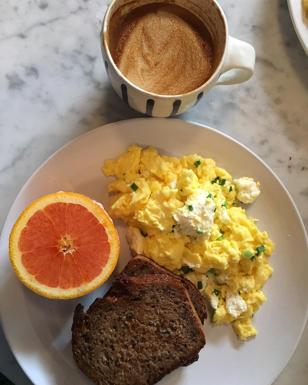 Pittsburgh The Vandal Eggs Steak Grapefruit Coffee